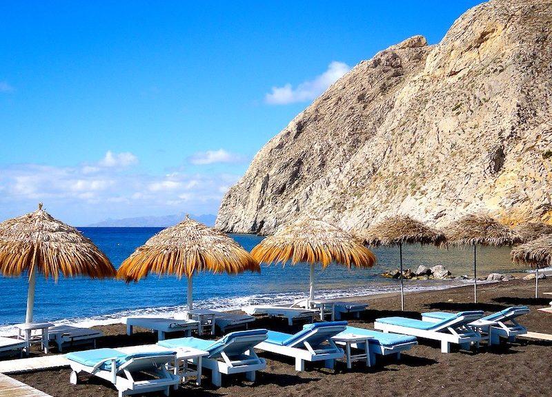 Ποιες παραλίες να επισκεφθείτε στη Σαντορίνη